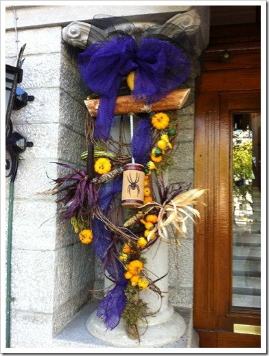 fall decor, winery garland