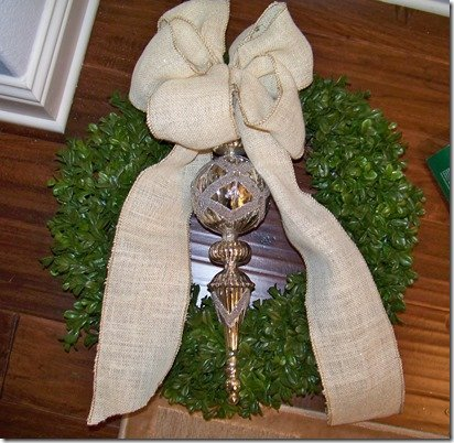 Boxwood wreath with bow and ornament
