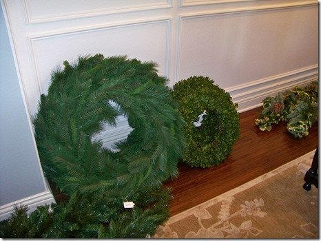 Decorating wreaths
